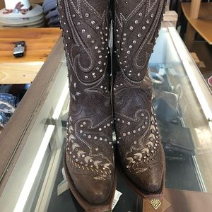 Ladies corral boots 6.5M crystals NWT C2927